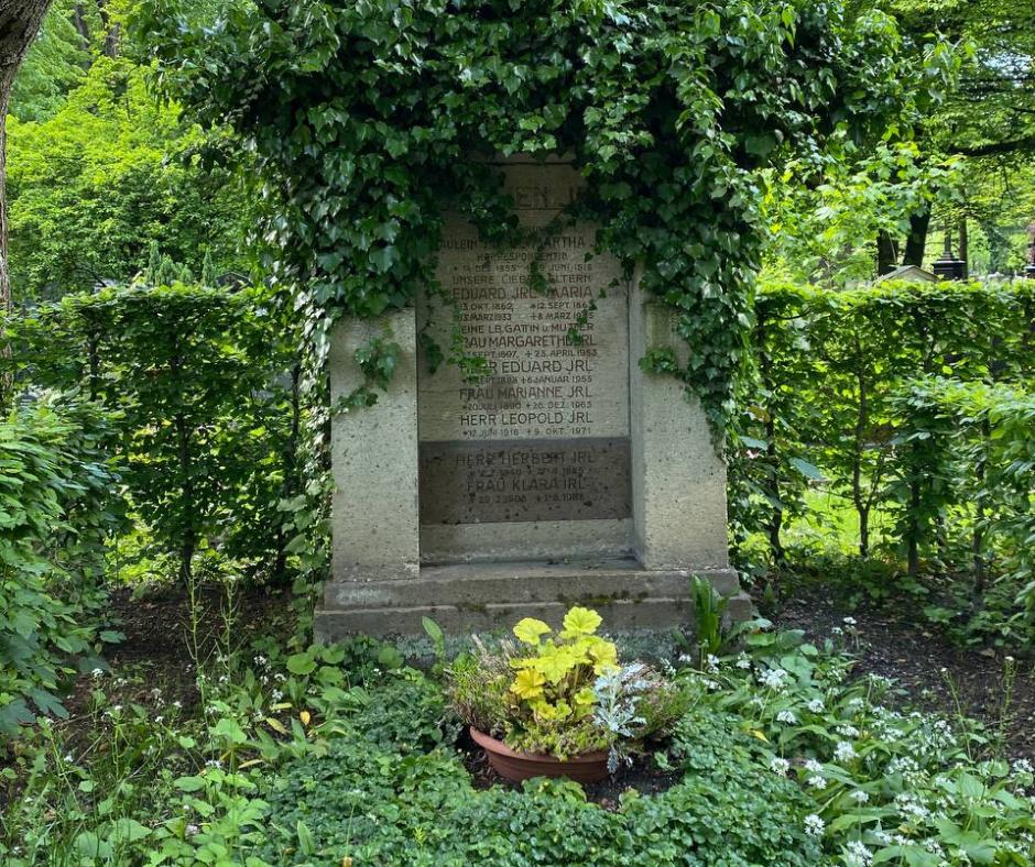 Як муніципалітети захищають біорізноманіття, навіть на кладовищі